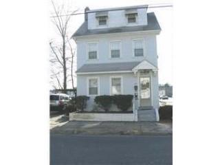 41 W Centre St, Woodbury, NJ 08096