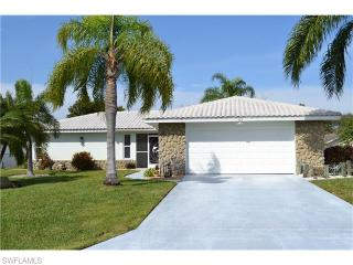 523 Southeast 33rd Street, Cape Coral FL