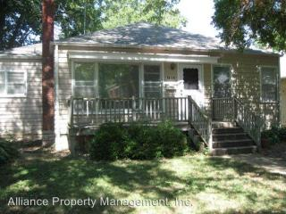 1614 Leavenworth St, Manhattan, KS 66502