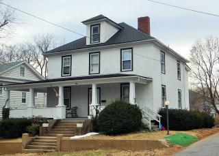 208 Grand Ave, Front Royal, VA 22630