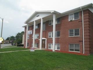 4337 Prescott Ave #1C, Lyons, IL 60534