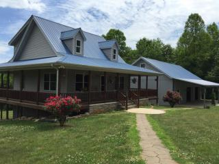 1188 Rose Sharon Rd, Waterview, KY 42717