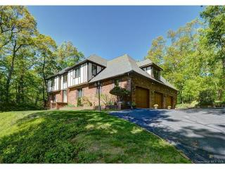 250 Scatacook Ln, Southbury, CT 06488