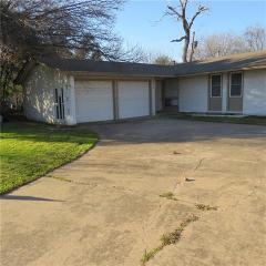 3515 Allison Ct, Irving, TX 75062