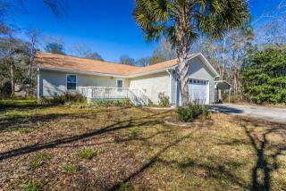 475 Stillwater Rd, Freeport, FL 32439