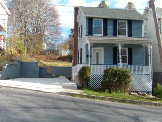 416 Lehigh St, Jim Thorpe, PA 18229