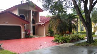16421 NW 84th Ave, Miami Lakes, FL 33016