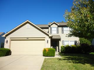 511 Grand Woods Dr, Indianapolis, IN 46224