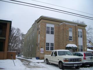 720 E Edwards St #2 SW, Springfield, IL 62703