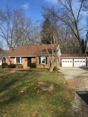807 Bell Rd, Chagrin Falls, OH 44022