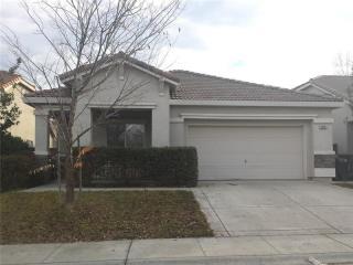 2175 Paul Courter Way, Sacramento, CA 95835
