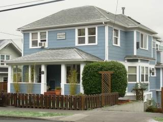 4940 Cedar St #4, Astoria, OR 97103