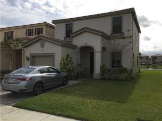 662 NE 193rd St, Miami, FL 33179