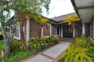 6001 Woodland View Dr, Woodland Hills, CA 91367