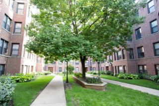 1101 E Hyde Park Blvd, Chicago, IL 60615