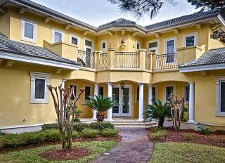 3028 Club Dr, Miramar Beach, FL 32550