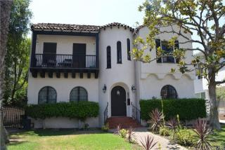 221 S Tower Dr #1, Beverly Hills, CA 90211