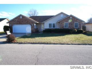 318 Ryan Dr, Fairview Heights, IL 62208