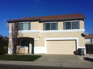 5717 Deepdale Way, Elk Grove, CA 95758
