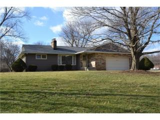 136 South Alling Road, Tallmadge OH