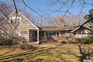 7 Redwood Drive, Great River NY