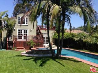 2242 Clifford St, Los Angeles, CA 90026