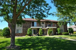 437 Concord Rd, Pewaukee, WI 53072