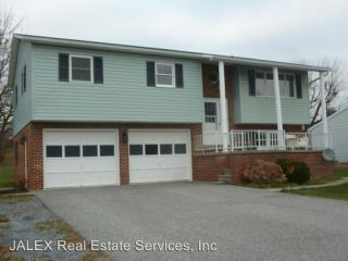 257 Valley Dr, Fayetteville, PA 17222