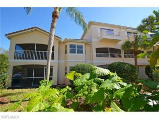 1044 Woodshire Ln #B210, Naples, FL 34105