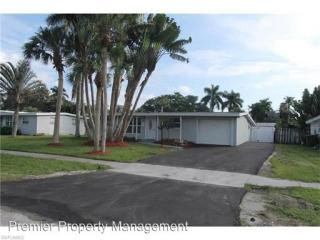 2080 Estey Ave, Naples, FL 34104