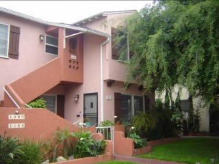104 Argonne Ave, Long Beach, CA 90803