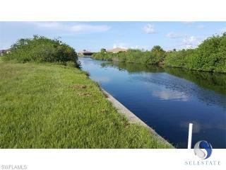 1504 Northwest 33rd Place, Cape Coral FL