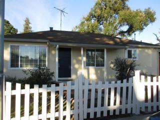 2153 Clarke Ave, East Palo Alto, CA 94303