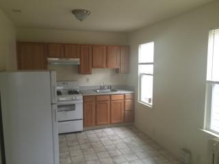 1618 Greenwood Ave #B, Trenton, NJ 08609