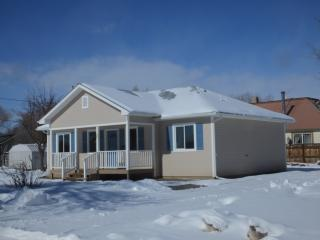 317 Denver Ave, De Beque, CO 81630