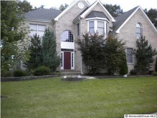 31 Salvatore Dr, Lakewood, NJ 08701