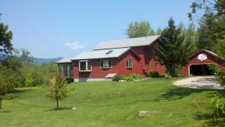 142 Ledge Hill Rd, Center Tuftonboro, NH 03816