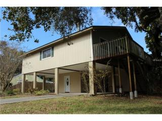 10569 Lake Breeze Drive, Seminole FL