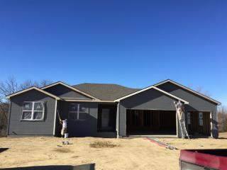 5766 Edgewater Rd, Wamego, KS 66547