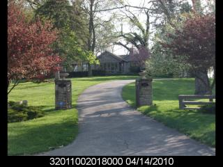 6809 Riverside Dr, Powell, OH 43065