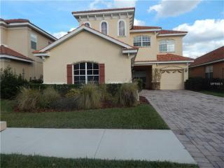 18031 Java Isle Dr, Tampa, FL 33647