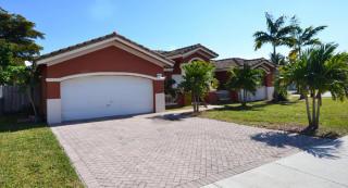 18329 SW 152nd Ave, Miami, FL 33187