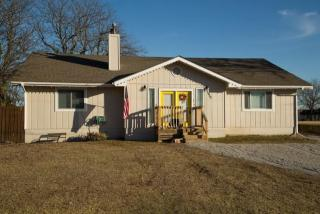 7920 Seneca Lake Road, Ozawkie KS