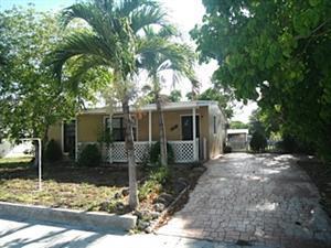 3630 SW 46th Ave, West Park, FL 33023