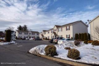 231 Elm St, Moosic, PA 18507