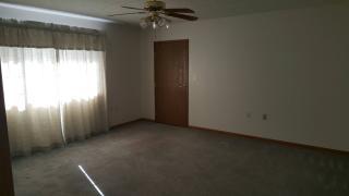 525 S Oak St, Valparaiso, NE 68065