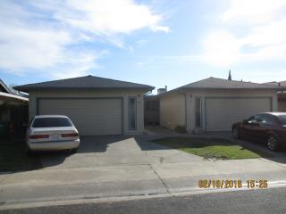 164-166 Swain Drive, Lodi CA