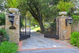 11627 Dawson Drive, Los Altos Hills CA