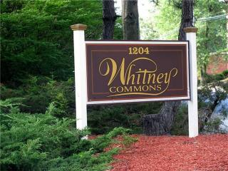 1204 Whitney Ave #204, Hamden, CT 06517