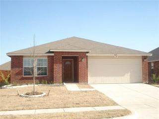 1413 Gayle St, Burleson, TX 76028